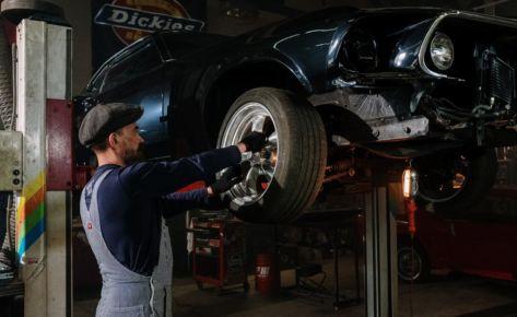 Effective car repair shop advertisement