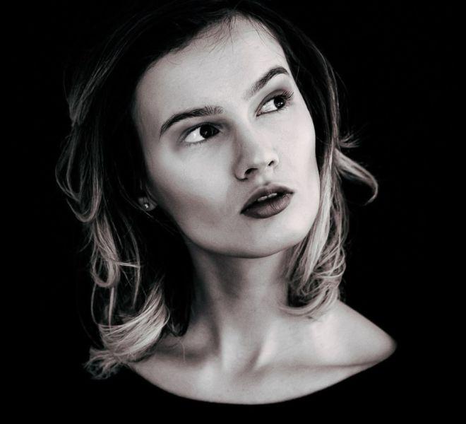 Make-up für Schwarz-Weiß-Sitzung